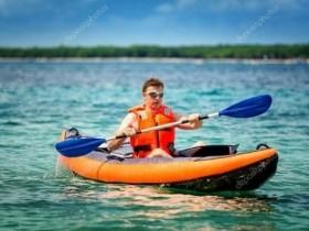 Катание на лодке